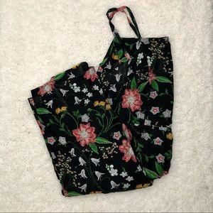 🌸HP🌸 Old Navy Black Floral Jumpsuit [Size: XXL]